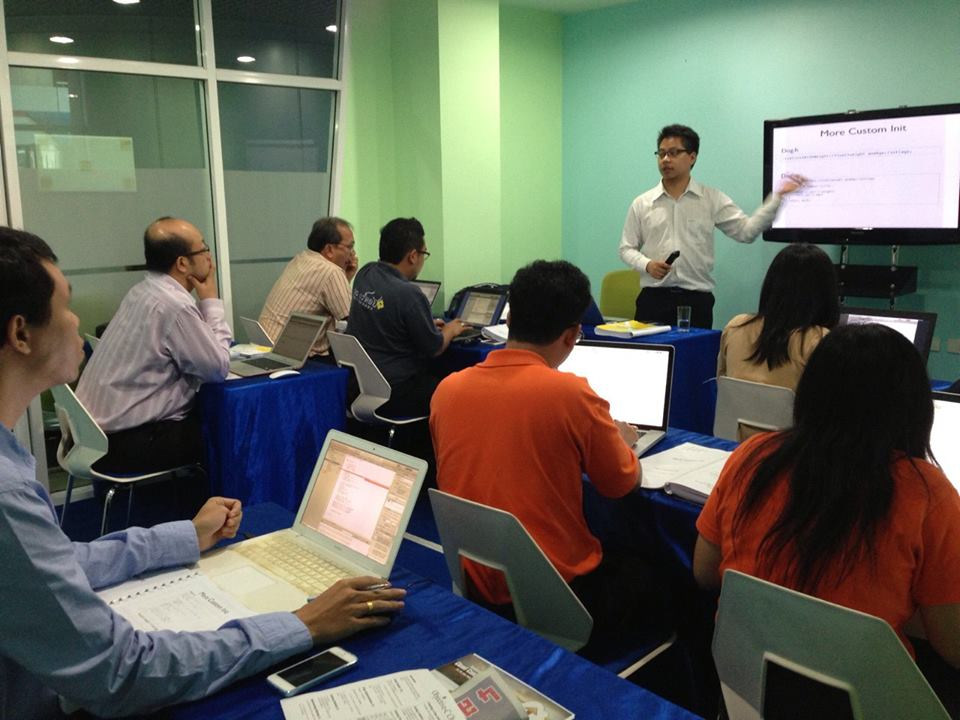 IMC Institute Training: iPhone/iPad Application Development 15=19 July 2013
